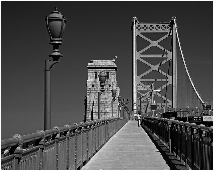 BF Bridge bw-.jpg