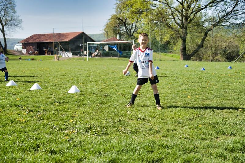 hsv-fussballschule---wochendendcamp-hannm-am-22-und-23042019-u16_32787654837_o.jpg