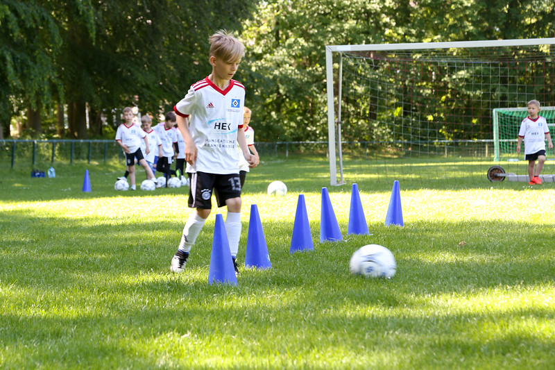 hsv_fussballschule-116_48048030242_o.jpg