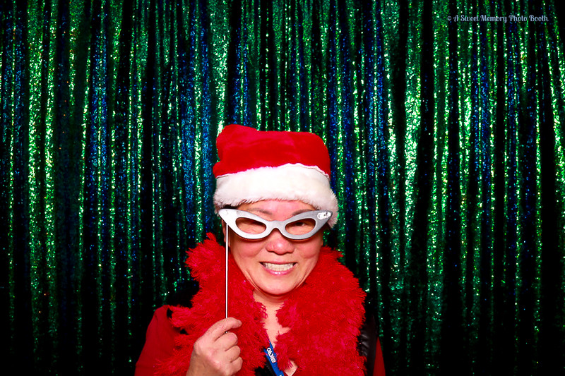 Medtronic Holiday Party -366.jpg