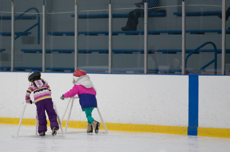February 2015 Skating lessons - Ada and Dylan - _CAI8345.jpg