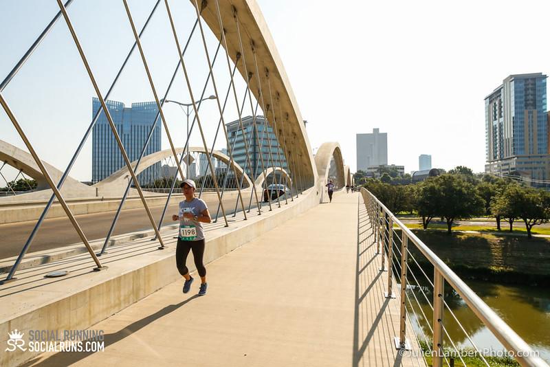 Fort Worth-Social Running_917-0518.jpg