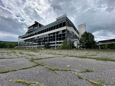 Abandoned Green Mountain Race Track in Pownal - 091021