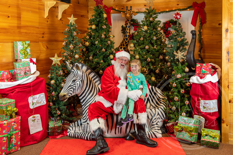 2019-12-01 Santa at the Zoo-7718.jpg