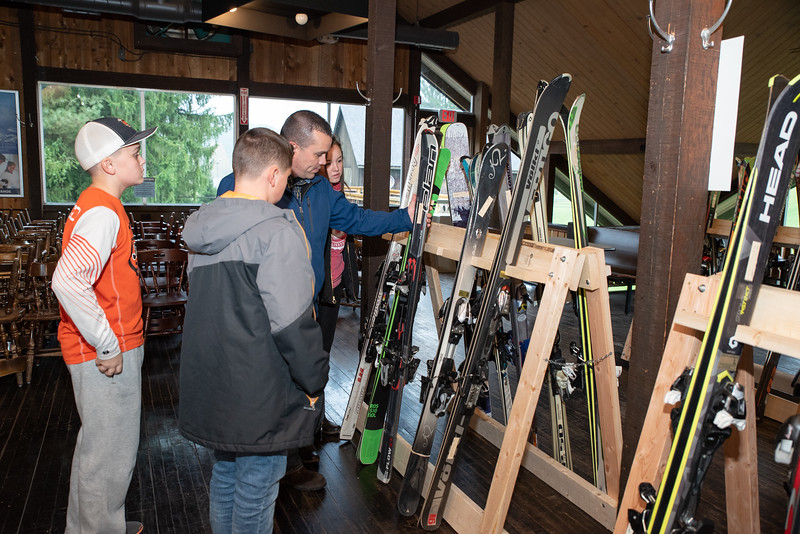 Snow-Trails-Ski-Patrol-Swap-2018-0313.jpg