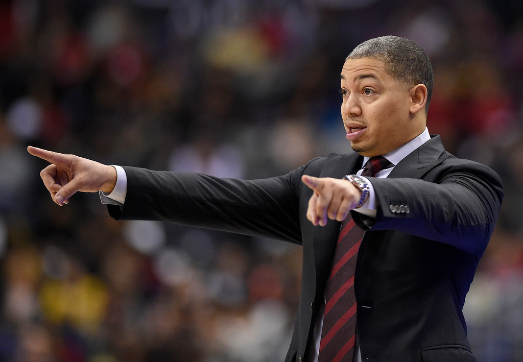 . Cleveland Cavaliers head coach Tyronn Lue points during the first half of an NBA basketball game against the Washington Wizards, Sunday, Dec. 17, 2017, in Washington. (AP Photo/Nick Wass)