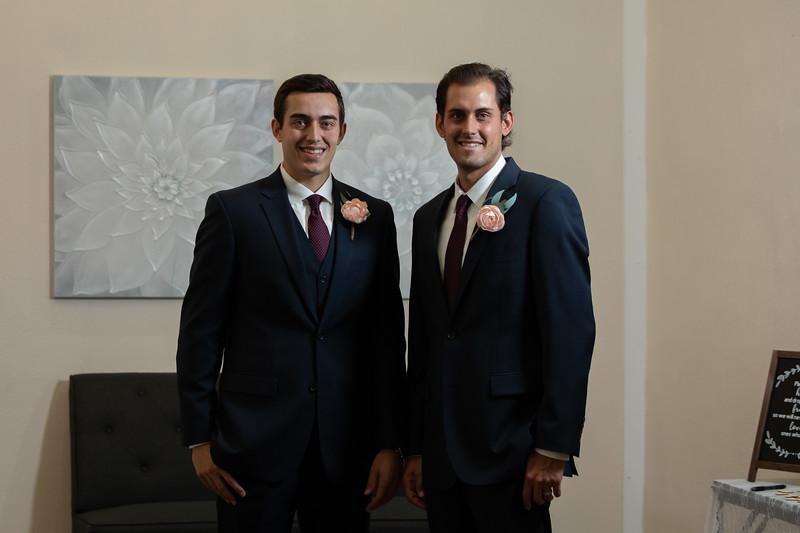 Mr and Mrs Souza-39.jpg