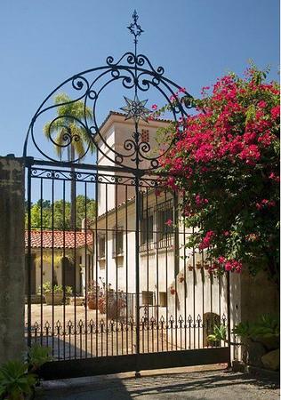 Estates/ Historical Homes