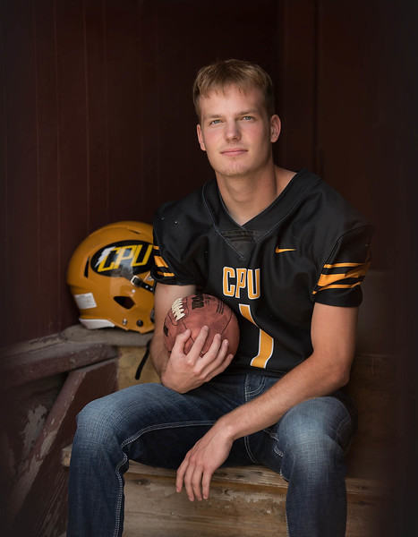 Senior guy - sports session - football - Center Point Urbana Iowa  High School - marion iowa - TruYou Photography - 3.jpg