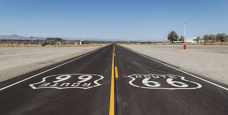 Preservation-Amboy_(California,_USA),_Hist._Route_66_--_2012_--_1.jpg