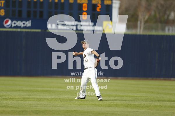5. 5.2014 - Augie Baseball vs. Cornell