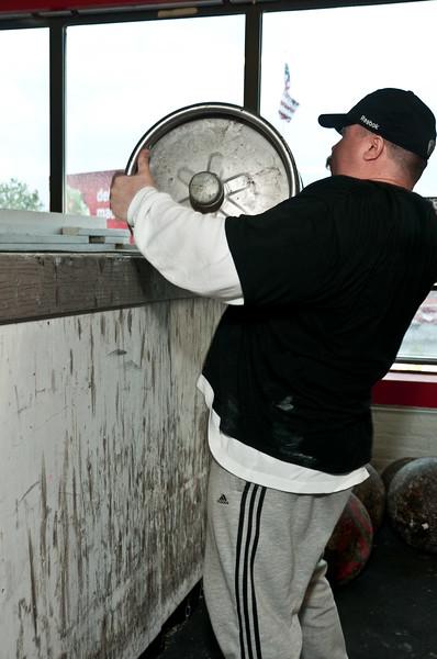 TPS Strongman Day 6-11-2011_ERF3477.jpg