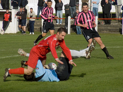 Johnstone Burgh 2 Arthurlie 4, New Coin Automatics West Of Scotland Cup Round One, 17th October 2009