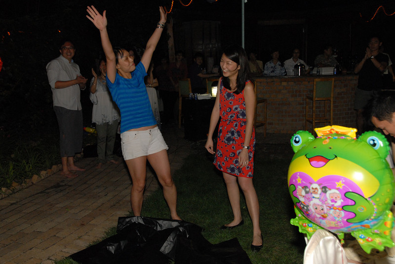 [20120630] MIBs Summer BBQ Party @ Royal Garden BJ (101).JPG