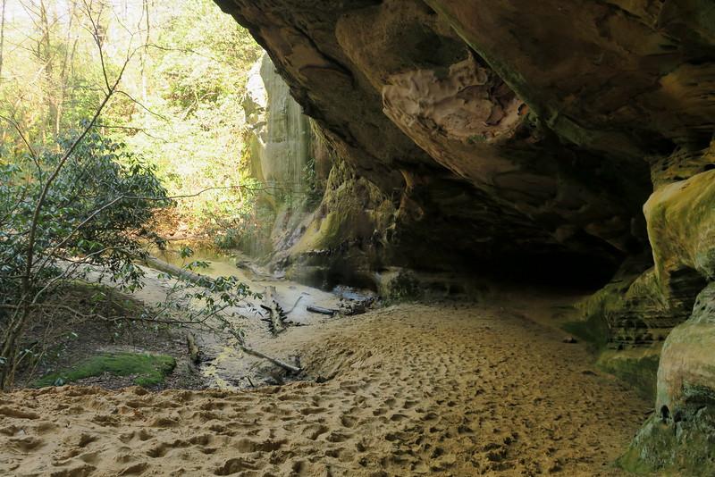 Sand Cave Falls - 3,050'