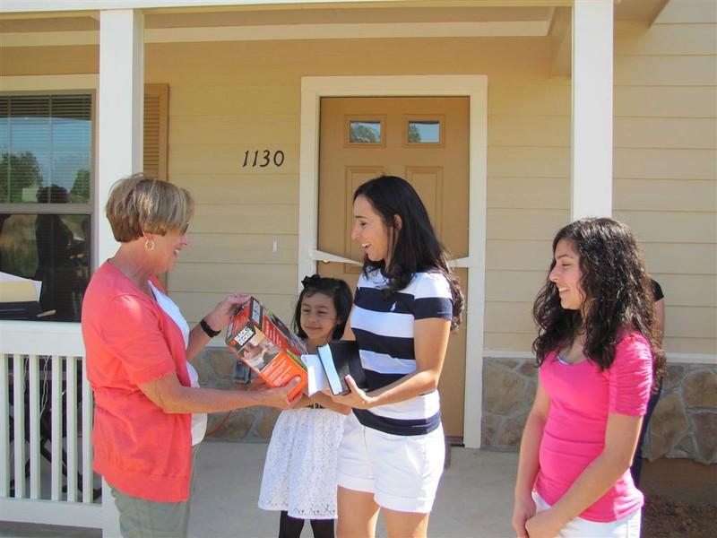 Habitat Ledys Home 4-7-2012 026 (Medium).JPG