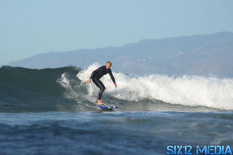 Venice Beach Pier Surf-206.jpg