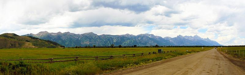 panoramaofjacksonholevalley2.jpg