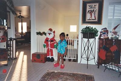 Christmas 2005  - Maya 3 - Chris 9 years old