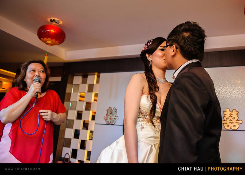 Chee Hou + Li Li - Actual Day Bride Dinner -_-111.jpg