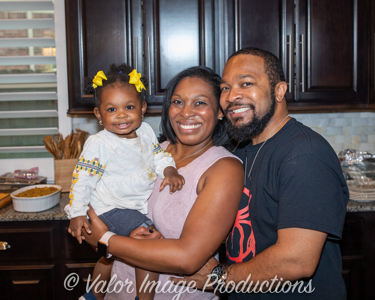 ©2019 Valor Image Productions Lewis Thanksgiving-15238.jpg