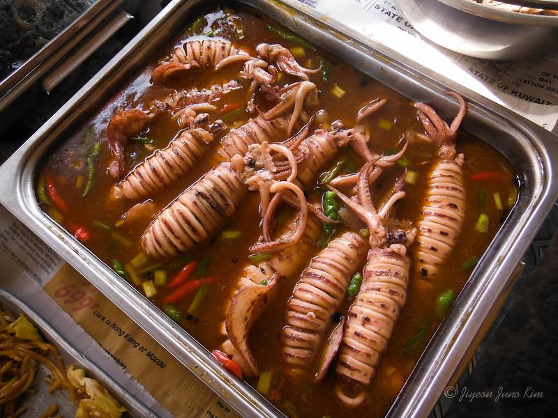 Philippines-food-sizzling squid.jpg