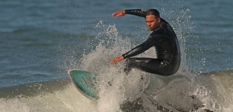 surfercomingatya1600.jpg