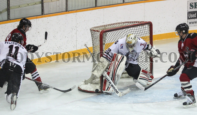 Cody Storm Cooper photo The Seguin Huskies faced off against the Bobcaygeon Bucks, Sunday afternoon and walked away with their ninth straight win, by a score of 3-1.