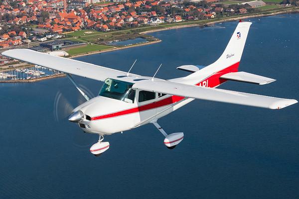 OY-ARL - Reims Cessna F182P Skylane