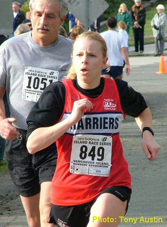 2004 Mill Bay 10K - Sandi Heal far exceeded her expectations with a 45:25
