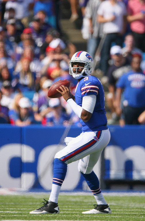 . ORCHARD PARK, NY - SEPTEMBER 29:  EJ Manuel #3 of the Buffalo Bills looks to pass against the Baltimore Ravens at Ralph Wilson Stadium on September 29, 2013 in Orchard Park, New York.  (Photo by Rick Stewart/Getty Images)