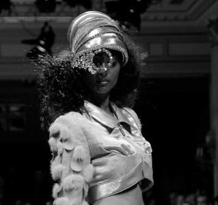 ON AURA TOUT VU Haute Couture Fall Winter Fall Winter 2004-2005