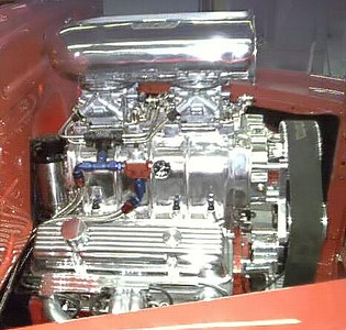 A Motor with fuel lines run_filtered