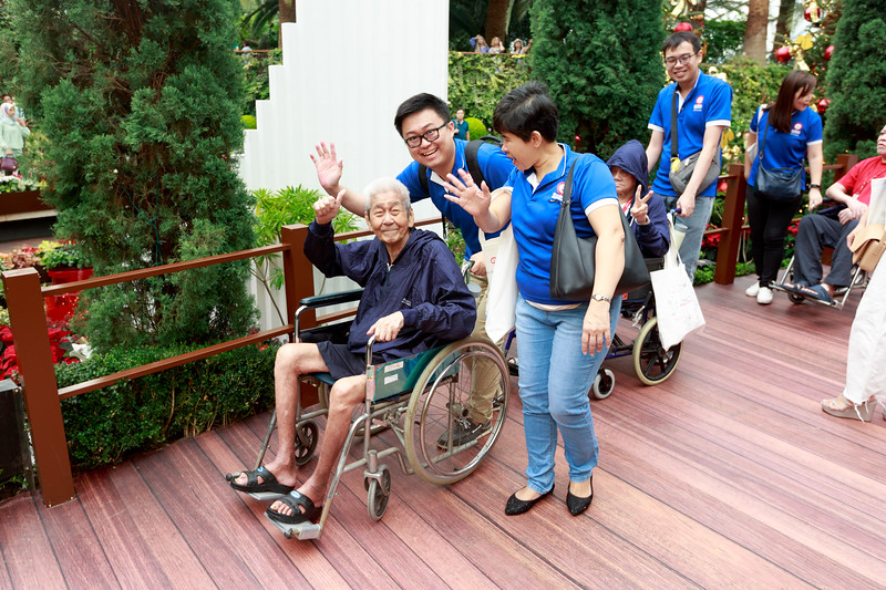 VividSnaps-Extra-Space-Volunteer-Session-with-the-Elderly-033.jpg