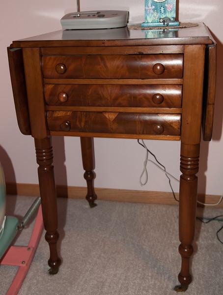 Drop Leaf Sewing Table