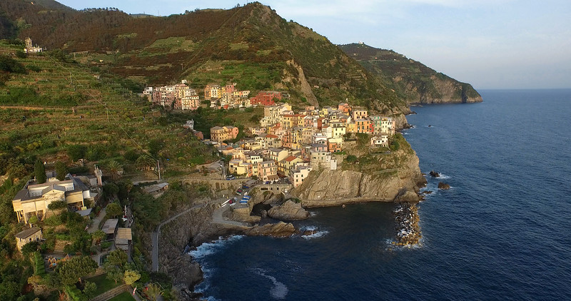 Manarola-From-Above-3k.jpg