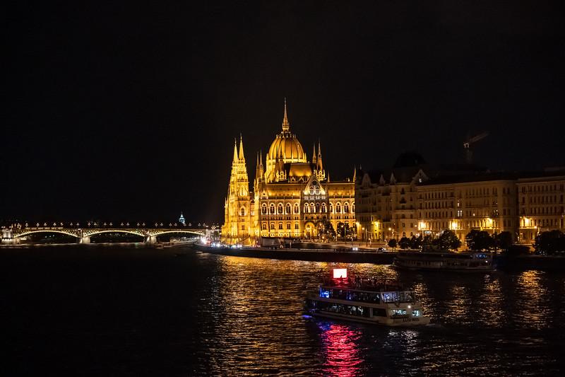 River Cruise 2019-5239.jpg