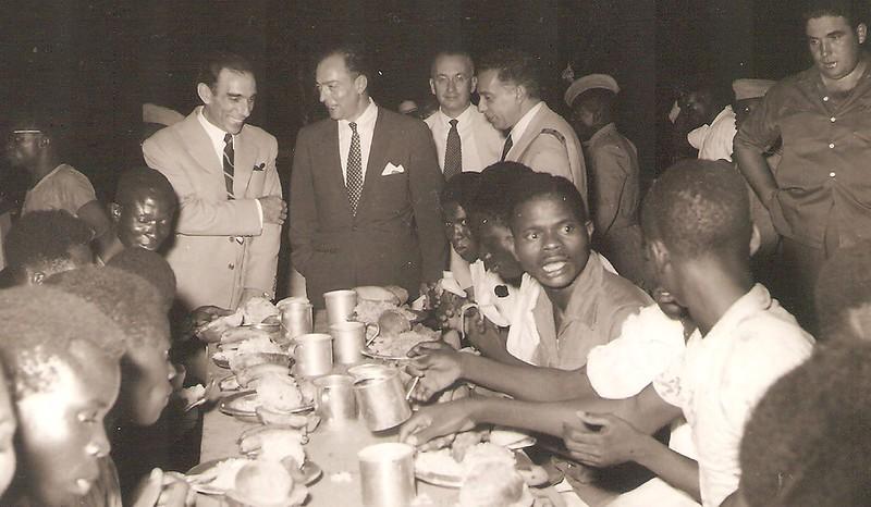 Dundo- Jantar servido aos Medalhados