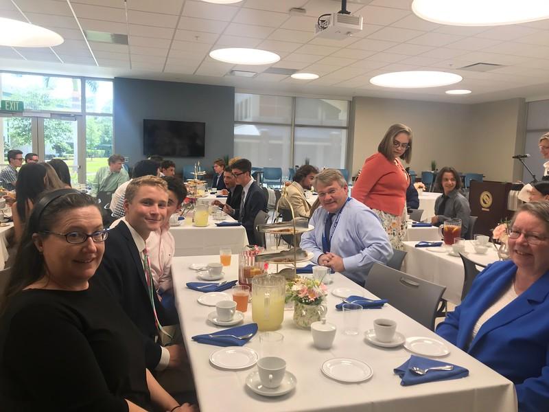 Headmasters Tea With Seniors (46).jpg