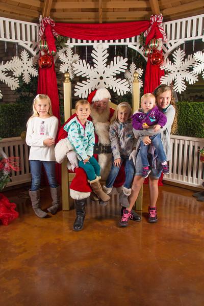 Santa 12-16-17-259.jpg