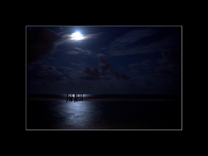 pier night 4 small.jpg