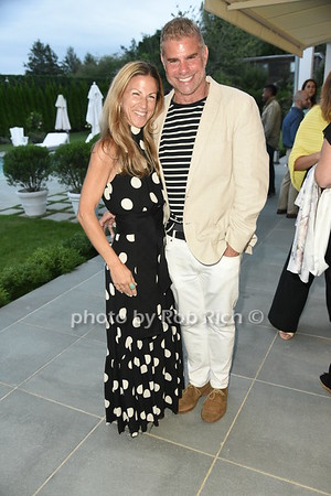 Diabetes Research Institute Foundation charity event hosted by Patricia & Roger Silverstein  in Watermill on  8-28-21.  all photos by Rob Rich/SocietyAllure.com ©2021 robrich101@gmail.com 516-676-3939