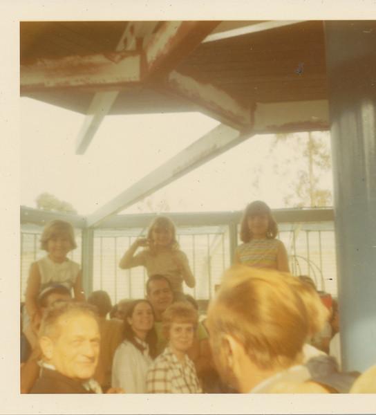 Annette, Shari, Mona, Ellis, Jane & Eileen.jpg