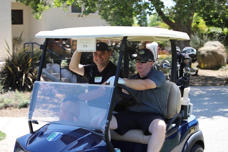 Momentum Golf Benefit-323.jpg