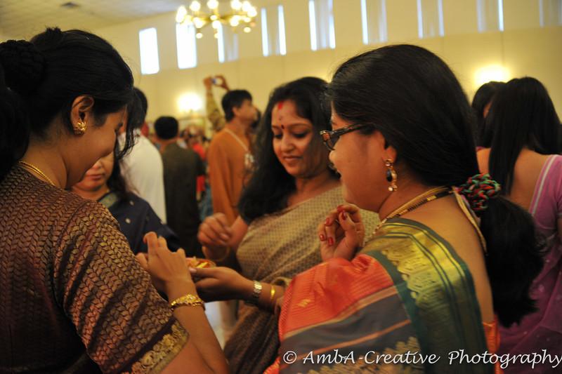 2013-10-13_DurgaPuja_Navami@KallolNJ_39.jpg