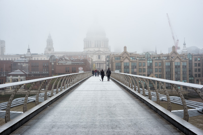 St-Pauls-and-mellenium-bridge.jpg