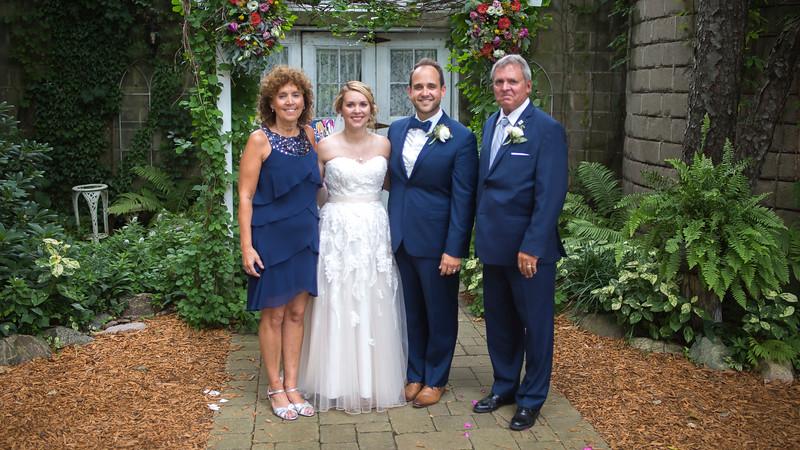 Garrett & Lisa Wedding (549).jpg