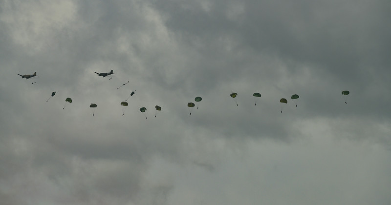 C47 Paratropper drop near Sannerville