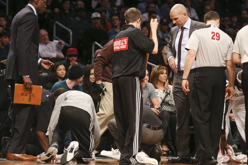 ". <p>7. (tie) JASON KIDD <p>The coach�s drink has fallen, but the Nets still can�t get up. (unranked) <p><b><a href=\'http://nba.si.com/2013/11/29/jason-kidd-spilled-soda-brooklyn-nets-la-lakers/\' target=""_blank\""> HUH?</a></b> <p>    (AP Photo/John Minchillo)"