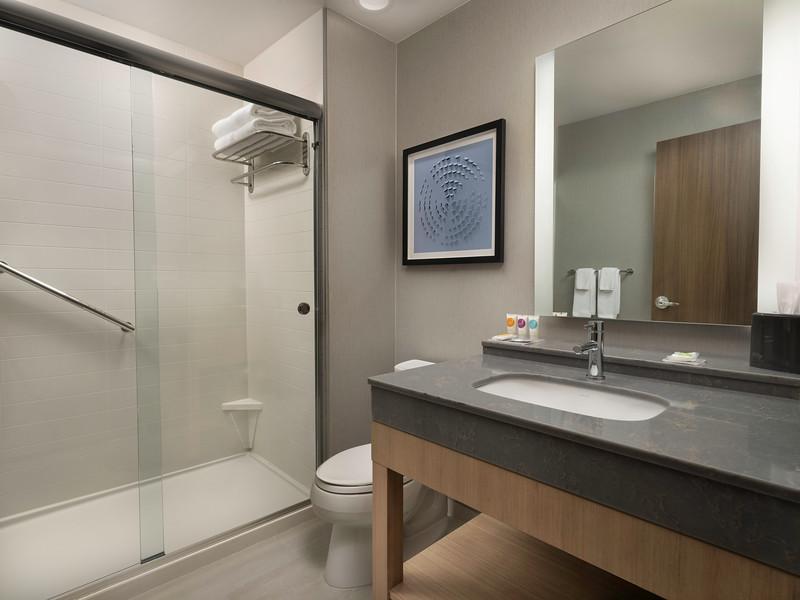 Amarillo Hyatt Place standard bathroom 741A.JPG